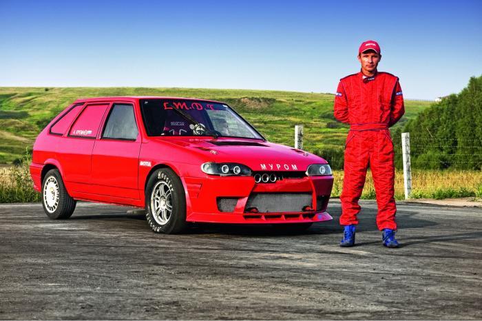 Спортивный красный ВАЗ-2109