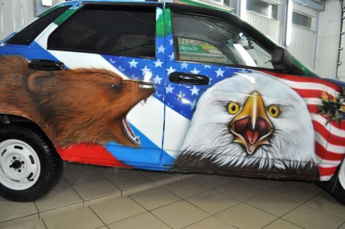 русский медведь шугает американского орла